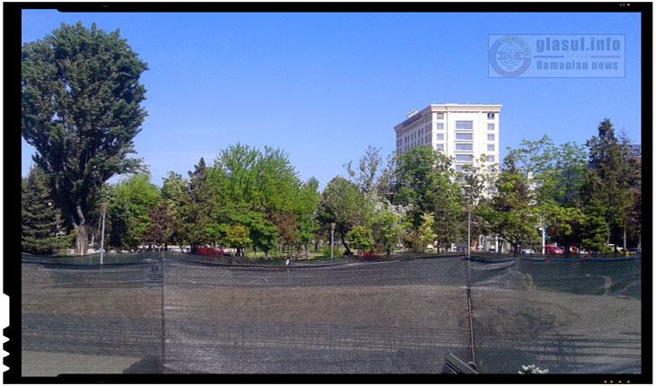 La Iași au început lucrările pentru amplasarea unui catarg impozant care să permită arborarea drapelului naţional