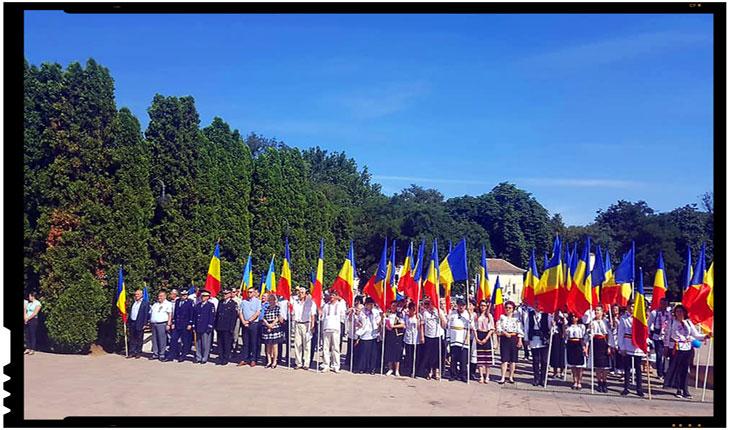 Românii din Covasna împreună cu brașovenii alături de frații de pe Graniță, de la Carei, Foto: Mihai Tirnoveanu
