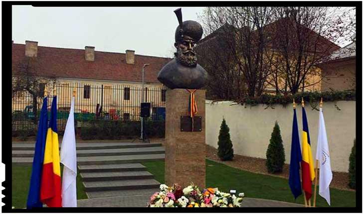 Sub pretextul că luptă împotriva PSD sau a corupției, sorosiștii atacă identitatea și etosul românesc: încăierare la inaugurarea bustului lui MihaiViteazul la Sânmartin, Foto: facebook.com/mircea.cosma.73