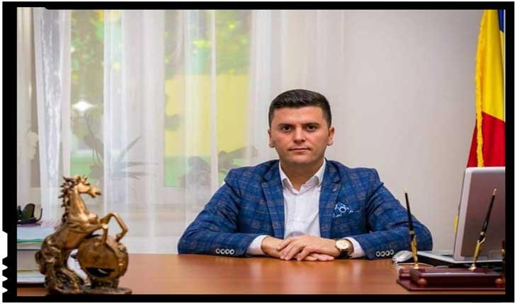 """Consilierul județean Adrian Cozma reclamă abuzurile împotriva școlilor românești: """"Domnule primar și domnilor UDMR-iști, lăsați copiii și școlile românești în pace"""", Foto: facebook.com/pentrusatumare"""