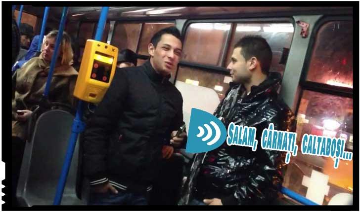 Melomanii maneliști de pe mijloacele de transport în comun, încătușați de polițisti, Foto: youtube