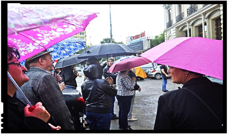 """Ploaia care ne-a UNIT: """"Românii fără hotare"""""""