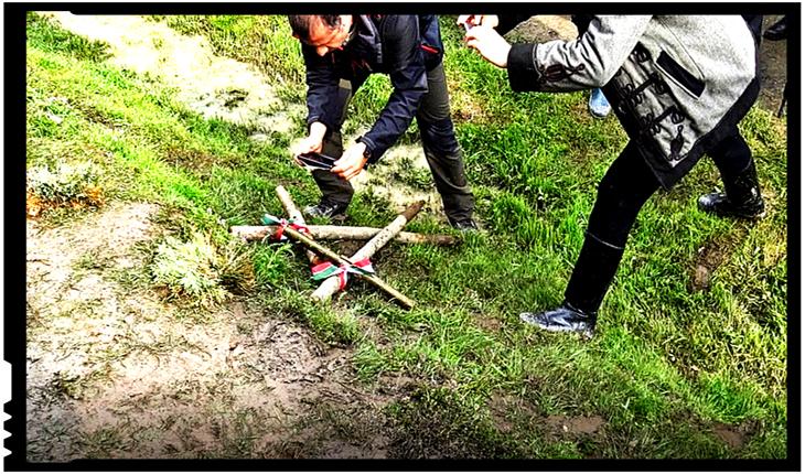 """Mihai Tîrnoveanu demontează minciuna cu privire la crucile maghiare """"rupte"""": Vi se pare că seamănă cu surcelele legate cu steagul Ungariei?, Foto: Facebook / Mihai Tărnoveanu"""