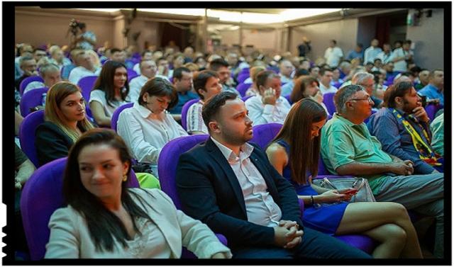 """O mișcare politică pentru unitatea românilor din țară și de pretutindeni a fost lansată duminică la București, sub genericul """"România Mare în Europa"""""""