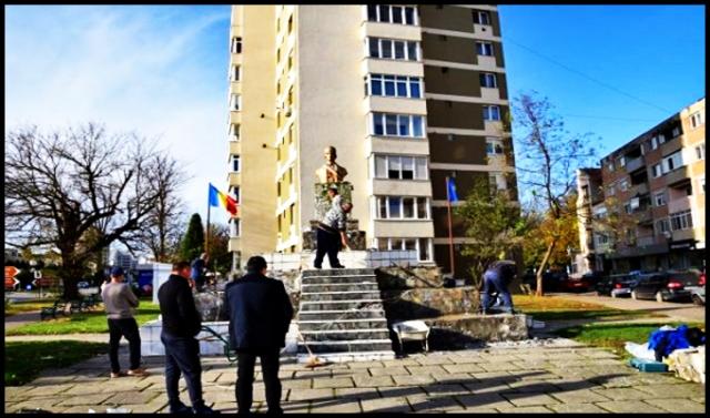 """Minune! S-a găsit la Carei o firmă care să """"îndrăznească"""" să reabiliteze soclul statuii lui Avram Iancu, Foto: BuletindeCarei.ro"""