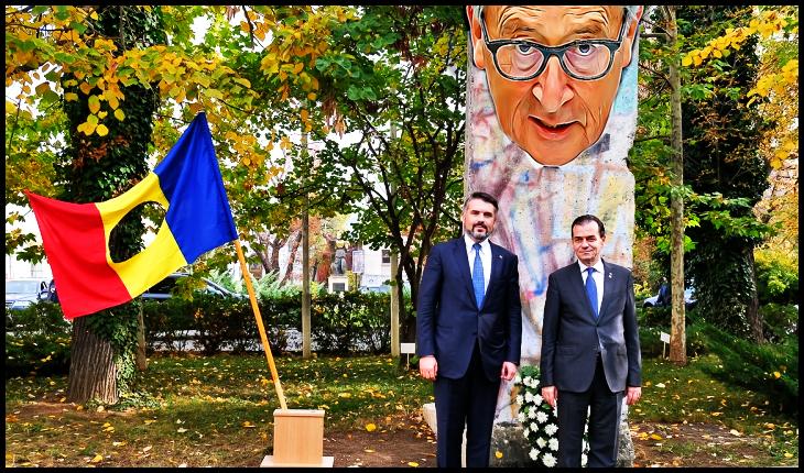 """Juncker vorbind despre o """"revoluție"""" anunțată și sprijinită atât de Est cât și de Vest: """"M-am trezit la 9 noiembrie 1989 văzând la televizor imaginile cu căderea Zidului Berlinului"""", Foto original: gov.ro"""