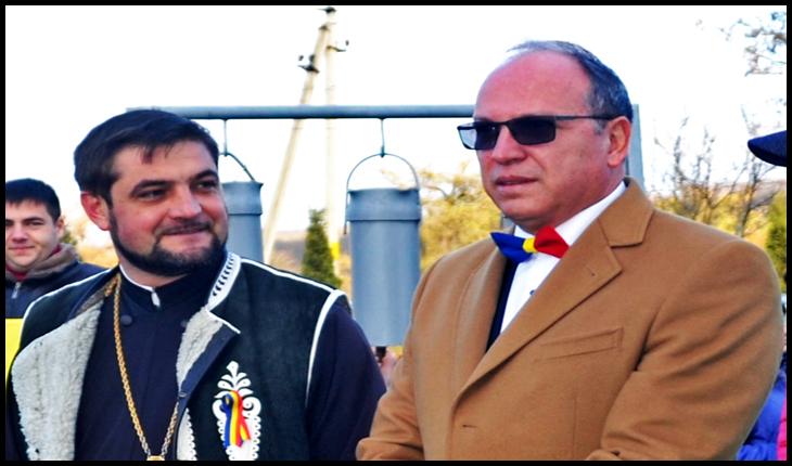 Preotul Sergiu Aga și Ambasadorul României în RM, Daniel Ioniță, Foto: Glasul.info