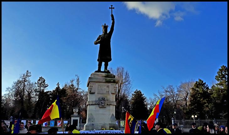 Monumentul lui Ștefan cel Mare și Sfânt din Chișinău