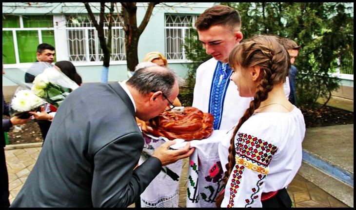 Ziua Națională a României, sărbătorită și la Comrat, Foto: chisinau.mae.ro