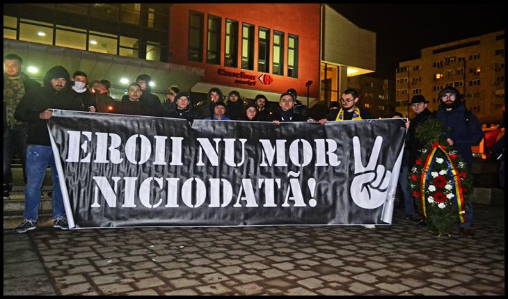 Plecarea în marș din fața Halei Centrale din Iași