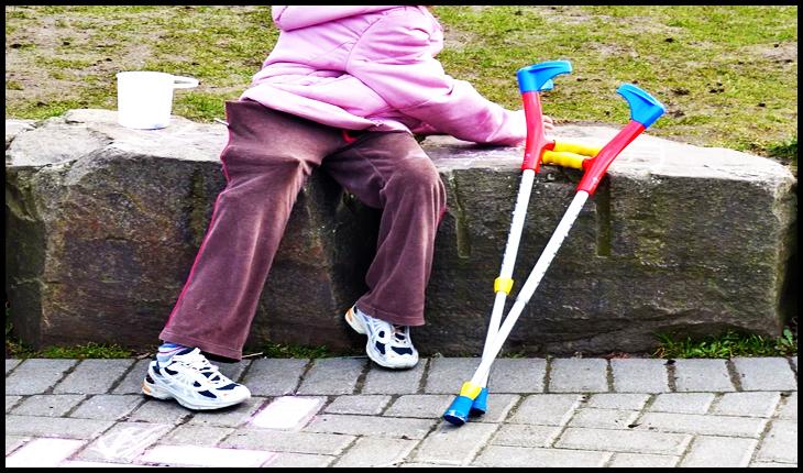 """Opoziția acuză: """"Guvernul Orban face economii la buget pe seama copiilor cu dizabilităţi"""""""