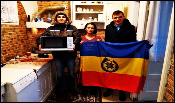 O familie de nevăzători, ajutată de către Asociația Comunitatea Identitară, Foto: comunitateaidentitara.com