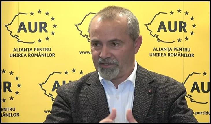 Scriitorul și specialistul în educație George Alexander s-a înscris în Alianța pentru Unirea Românilor (A.U.R.)