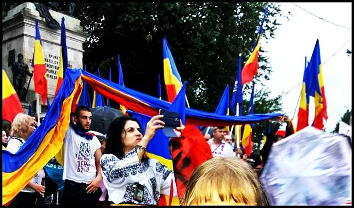 Dragi români, nu vă lăsați jefuiți de cea mai de preț comoară scăldată în sânge și ieșiți în stradă până România nu va deveni un Babilon, Foto: Facebook /  Mihaela Aionesei