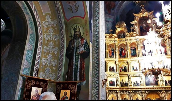 Foto: Ștefan cel Mare pictat în biserica Mănăstirii Căpriana