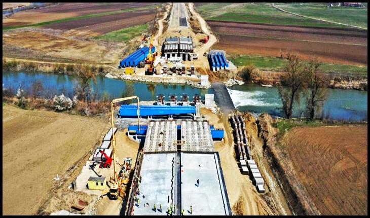 Aici nu există criză! Care sunt soluțiile propuse de antreprenorii români pentru continuarea proiectelor de autostrăzi, Foto: ancheteonline.ro