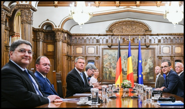 Iohannis și PNL-ul ne spun să fim solidari! Solidari cu Germania, să-și culeagă sparanghelul!, Foto: presidency.ro
