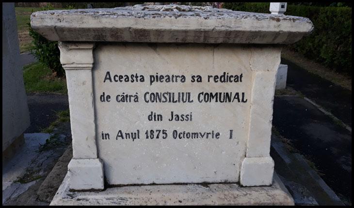 La 1 octombrie 1875 s-a ridicat la Iași de către Consiliul Comunal un monument în memoria domnitorului Grigore Ghica