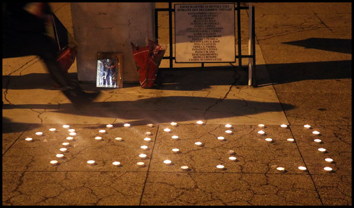 (VIDEO) Acțiune de conștientizare a faptului că Iașul este orașul declanșator al evenimentelor din decembrie 1989