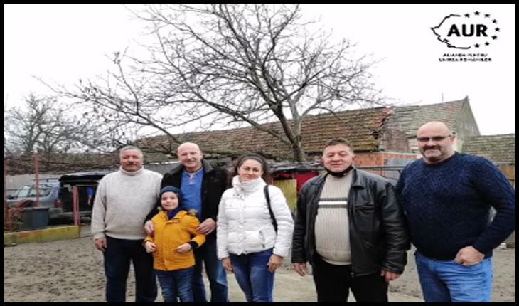 """Senatoarea Diana Iovanovici-Șoșoacă: """"Ajutați-vă unii pe alții! Împărțiți ce aveți cu cei mai puțin norocoși!"""", Foto: Facebook / Alianta Pentru Unirea Romanilor - AUR Lugoj"""