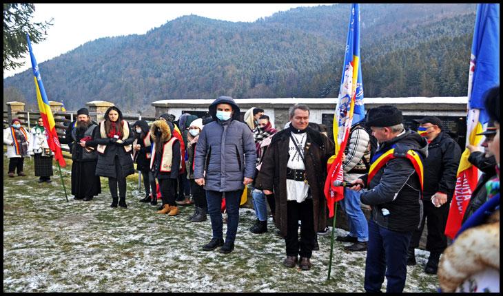 Ziua Națională între Martirii și Sfinții de la Târgu Ocna și Eroii de la Valea Uzului, în organizarea Asociației Calea Neamului