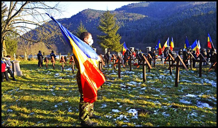 Români din toată țara ReUniți de 1 Decembrie 2020 la Valea Uzului