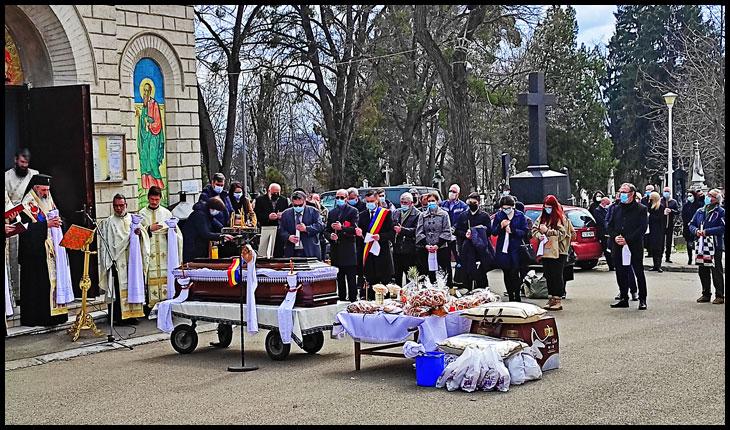 O armata întreagă de polițiști de pază pentru primarul Chirica la înmormântarea lui Simirad