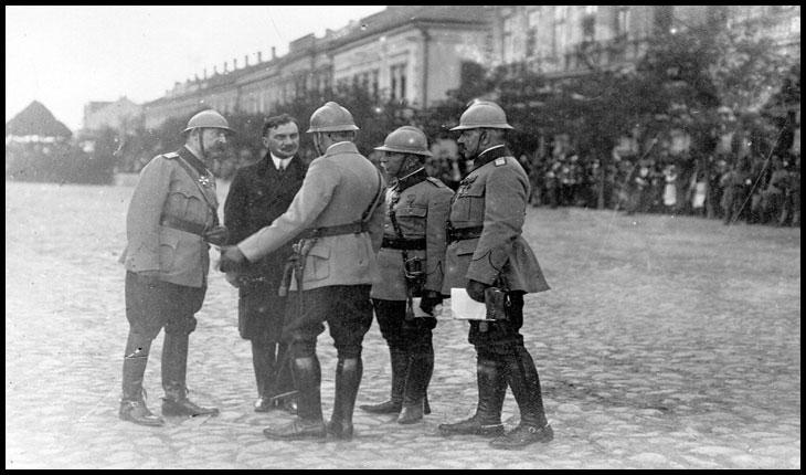 La 19 Aprilie 1919 orașele Satu Mare şi Carei erau eliberate și astfel a fost posibilă instaurarea administraţiei românești