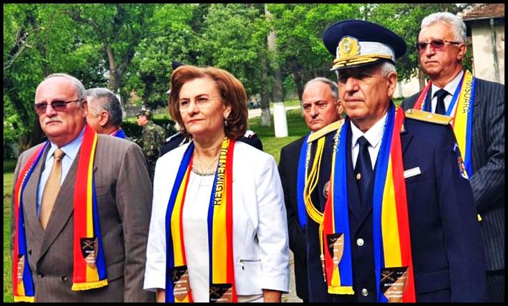 """Maria Grapini: """"Trebuie să transmitem copiilor noștri dragostea pentru cei care apără țara! Cadrele militare în rezervă și-au făcut, cu onoare, datoria și nu trebuie uitate!"""", Foto: Facebook / Maria Grapini"""